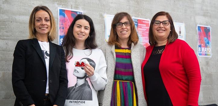 """La alumna de 4º de Traducción e Interpretación, Laura Noriega, ganó el Certamen de Relato Corto con la obra """"Tánatos"""""""