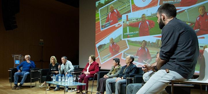 Miembros de la Asociación de Atletas Veteranos de Cantabria debatieron sobre las experiencias de una vida deportiva