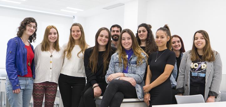 Alumnas de Psicología desarrollan un proyecto sobre las dificultades del aprendizaje escolar en la Fundación Educativa La Merced