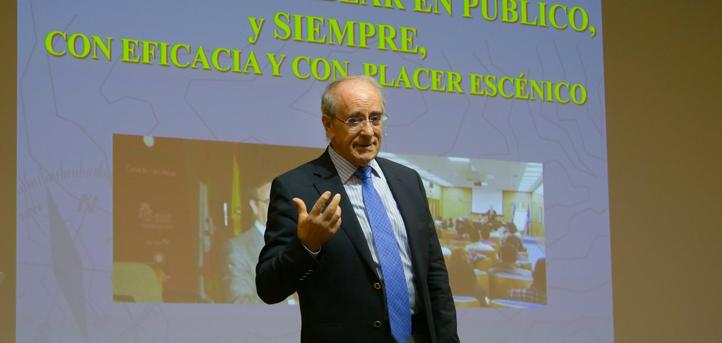 """Ángel Lafuente: «De una persona segura de sí misma sale una palabra que convence, entusiasma y vende"""""""