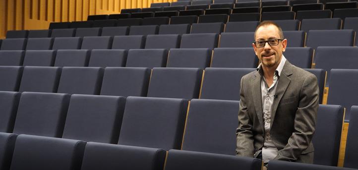 """Óscar Martín: """"El director de un centro educativo del siglo XXI tiene que ser un dinamizador de experiencias"""""""