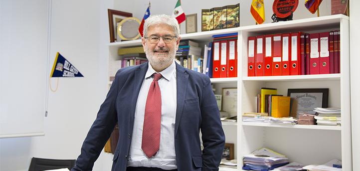 El secretario general inicia un viaje institucional por Perú y Chile