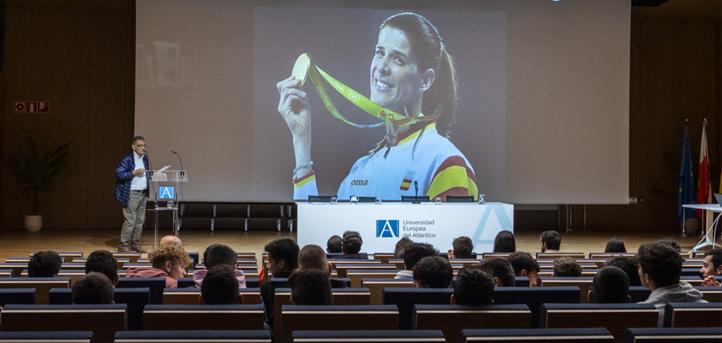 Pablo Galán define a la Academia Olímpica como «espíritu y desarrollo de la filosofía del deporte»