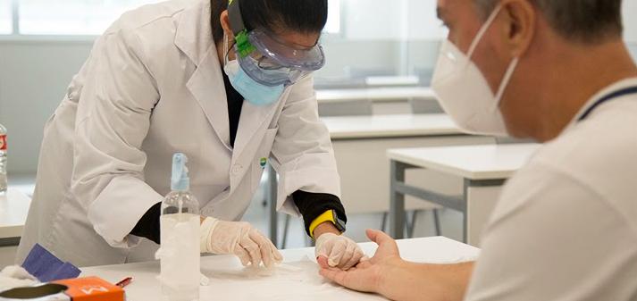 El personal docente y administrativo de UNEATLANTICO ha realizado ya el test de detección del coronavirus