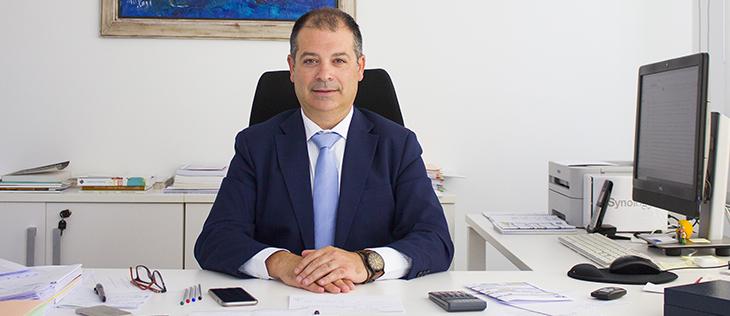 El rector y el secretario general explicaron en la SER y Onda Cero la adaptación de la institución al período de confinamiento