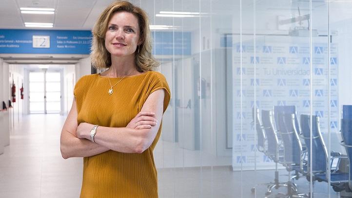 La profesora Inna Alexeeva compartió un trabajo en el Foro Ibérico de Investigación y Educación en Emprendimiento