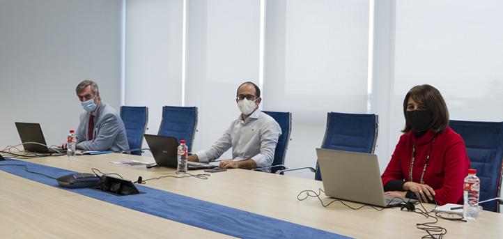 Los coordinadores covid de UNEATLANTICO y Esclavas SCJ ofrecieron un webinar sobre la adaptación de las aulas en tiempo de pandemia