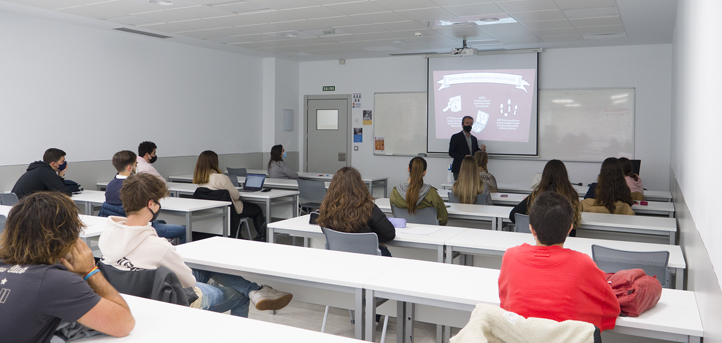 UNEATLANTICO celebra las primeras charlas informativas para la convocatoria Erasmus + del curso 2021-2022