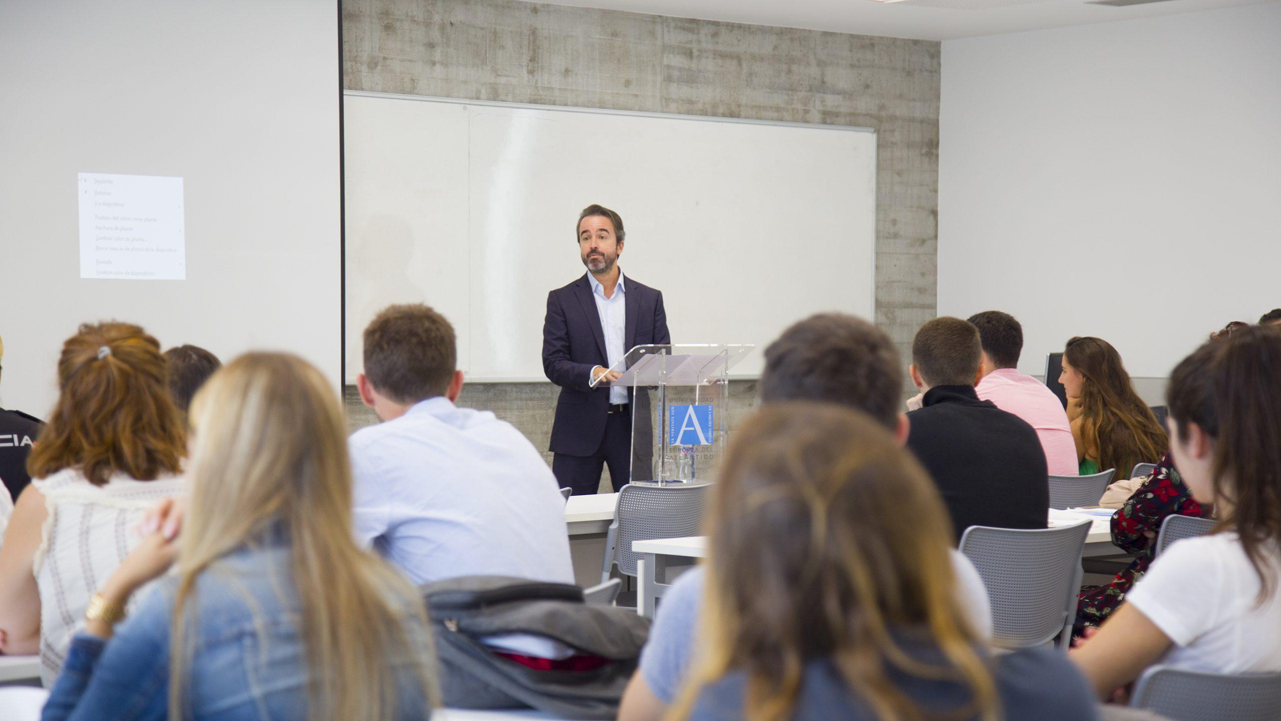 UNEATLANTICO recibe a los alumnos del programa ERASMUS+ que se incorporarán en el segundo cuatrimestre