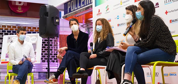 """Docentes y graduados de UNEATLANTICO debatieron sobre los mitos de la salud femenina en la jornada """"Tiempo Mujer"""""""