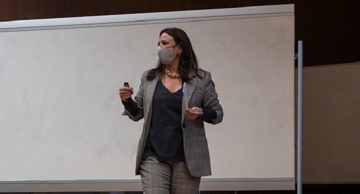 La directora de Comunicación del Igualatorio, Patricia Presmanes, impartió una conferencia sobre estrategias de éxito en ese campo
