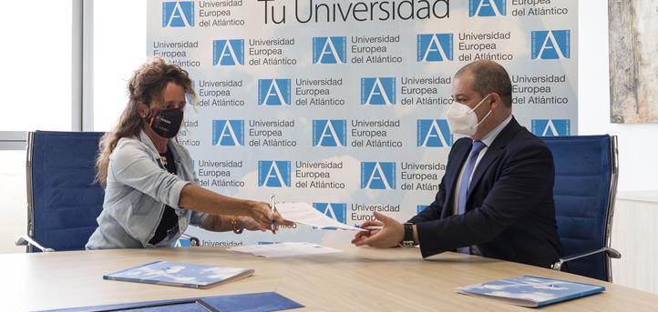 UNEATLANTICO colabora con la cántabra Raquel García, la primera mujer española que subirá el volcán Incahuasi en invierno