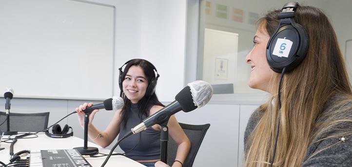 El British Council concede cien becas formativas destinadas a alumnos y recién graduados en Periodismo