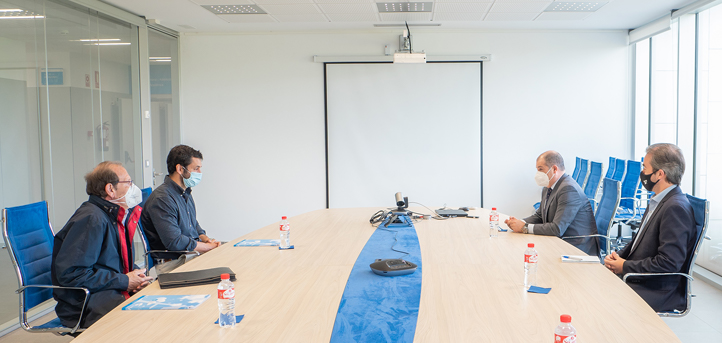 El director territorial del ICEX, Manuel Blanco Madrazo y el responsable del área de formación, Juan Luis Morales visitan UNEATLANTICO