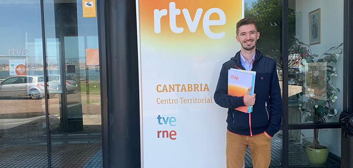 Luis Herrero, alumno del grado en Periodismo, comenta su experiencia realizando prácticas en Radio Televisión Española
