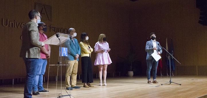 UNEATLANTICO hace entrega de los premios relativos al I Concurso Jóvenes Talentos en un acto celebrado en el Salón de Actos