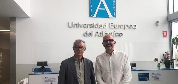 El decano del Colegio Oficial de Psicología de Cataluña, Guillermo Mattioli, visita el campus de UNEATLANTICO