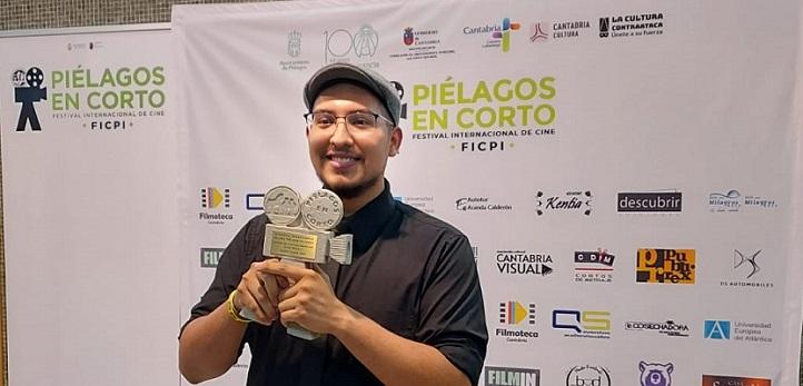 """El Festival Internacional de Cine Piélagos premia a Jacobo Chacón, alumno del grado en Comunicación Audiovisual, por su corto """"Sito Pilota"""""""