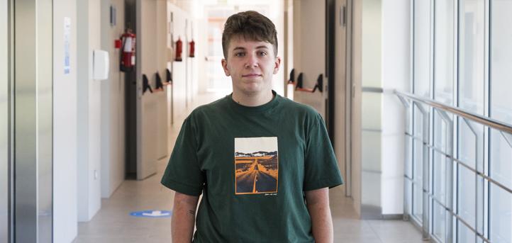 El alumno de Comunicación Audiovisual Marco Díez Acebo, premiado en el certamen fotográfico por el Ayuntamiento de Camargo