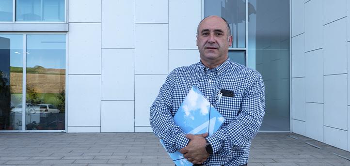 El profesor de Roque Sainz de la Maza, nos habla sobre la asignatura «Producción en Materias Primas y Animales»
